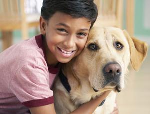 dog-14-teller-kid-interaction-image-03